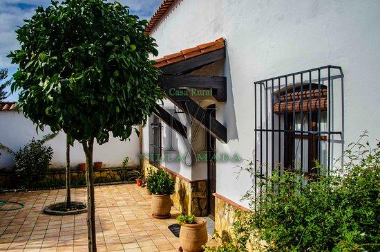 El Real de la Jara, Spanje: Este es el porche de entrada.
