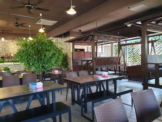 Banh Mi Cafe Puchong Menu Prices Restaurant Reviews Tripadvisor