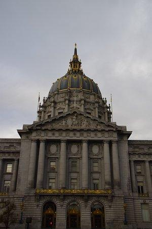 San Francisco City Hall: de jour