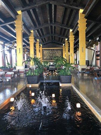 Dreams Riviera Cancun Resort & Spa: Lobby