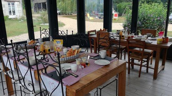 Tables des petits déjeuners