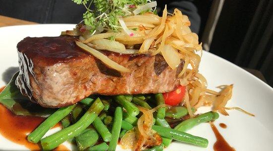 Rostbraten-Steak mit Gemüse