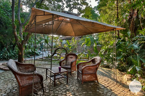 Dalen's: Dalens Self Catering Apartments with various areas to relax and read a book