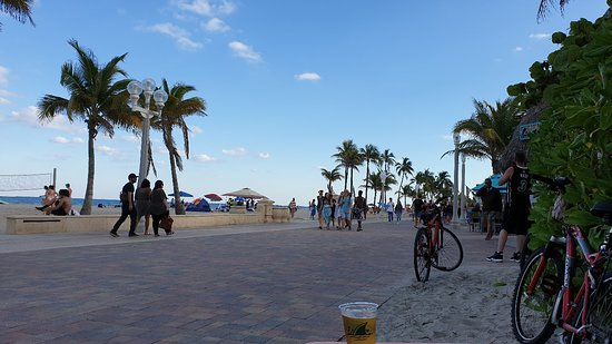 Best location to Hollywood Beach. The St Maurice Beach Inn is set back 1 street from the Boardwalk. Best little Inn, great staff, great room