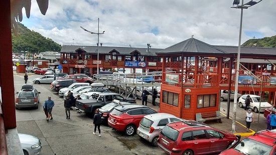 Puerto Octay, mercado de Angelmo, exquisiteces por todos los puestos, muy fresco y muy buen servicio.