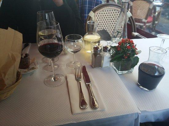 Niza, Francia: restaurant rina-nice.