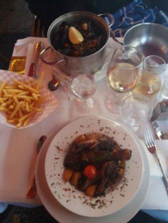 Niza, Francia: restaurant rina.nice.