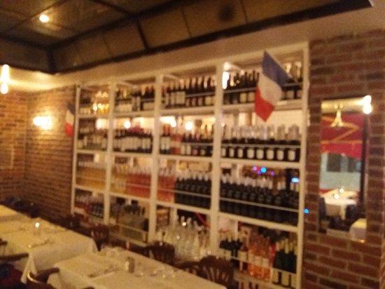 Niza, Francia: inside restaurant rina nice.