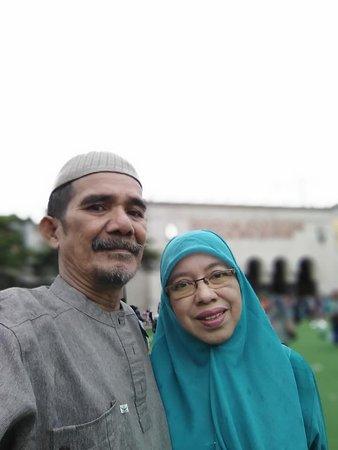 Halaman Mesjid Raya Bandung