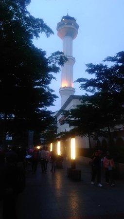 Menara Mesjid Raya Bandung