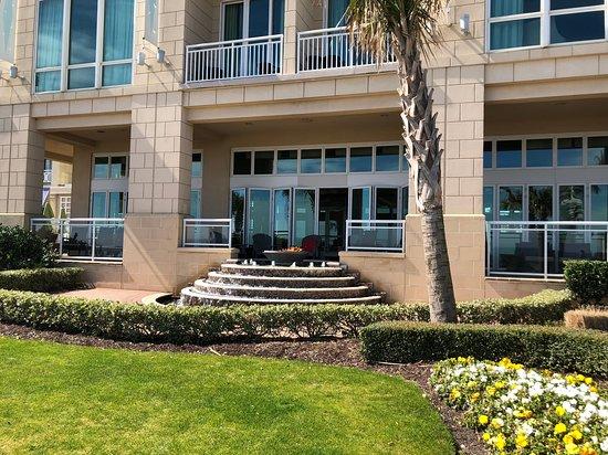 Oceanaire Resort Hotel - from outside