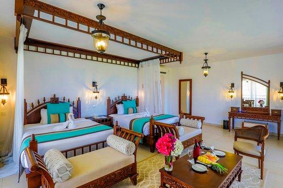Royal Zanzibar Beach Resort: Superior Deluxe Twin, two queen size beds.