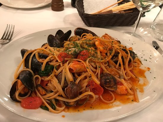 Ristorante Trattoria Galleria: Fabulous discovery 😍 food and service were perfect!