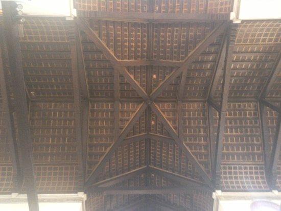 Isola di Murano: The interior of the Duomo