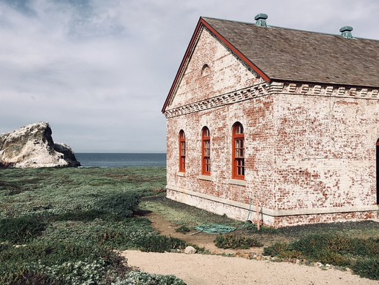 Piedras Blancas Light Station