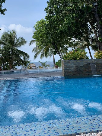 Lily Beach Resort & Spa: Kids Pool and Sprinkler area - comes with bats!