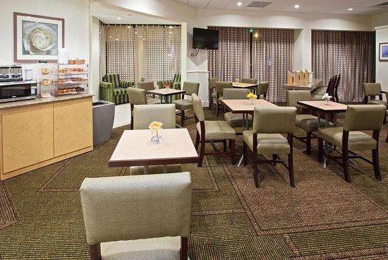 La Quinta Inn & Suites by Wyndham Nashville Airport/Opryland : Property amenity
