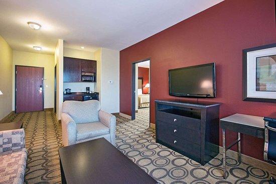 La Quinta Inn & Suites by Wyndham New Iberia