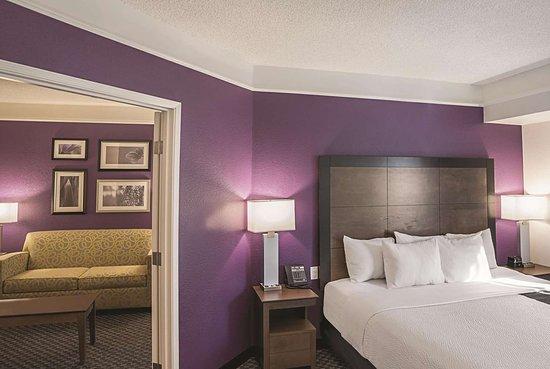 La Quinta Inn & Suites by Wyndham Flagstaff: Suite