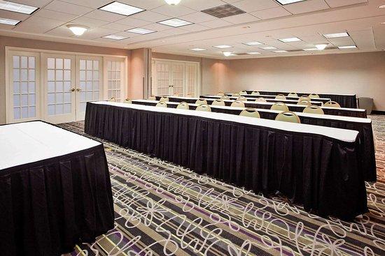 La Quinta Inn & Suites by Wyndham Macon: Meeting Room