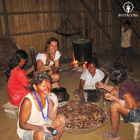 Vaupes Department, كولومبيا: Comparte las prácticas de mujeres de diversos pueblos indígenas en la selva amazónica