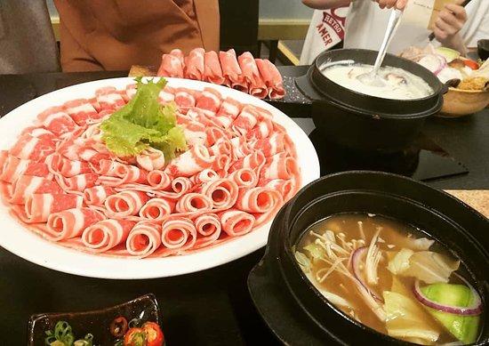Erguosan New Cuisine Hot Pot: 肉慾盤 超大份量