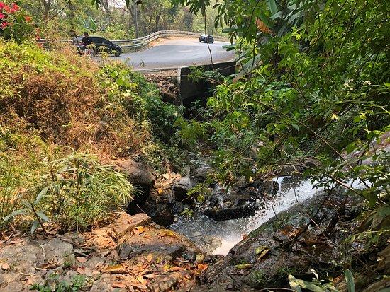 Huai Rap Sadet Waterfall
