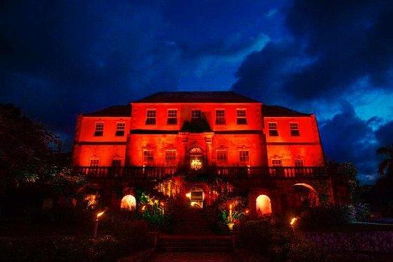 Tour notturno della grande casa