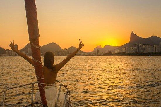 Offene Sunset-Segeltour