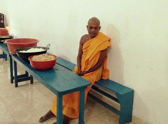Sri Mangalarama Raja Maha Viharaya Batticaloa