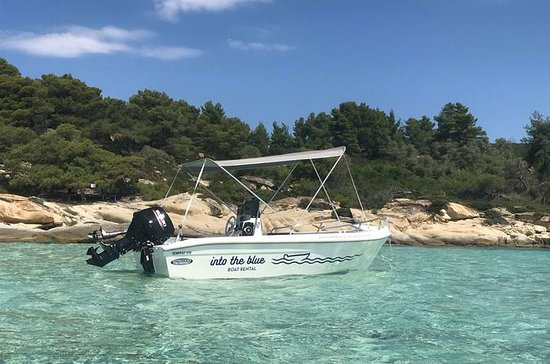 Boat Rental in Vourvourou without a License: Vourvourou Boat Rental without a License