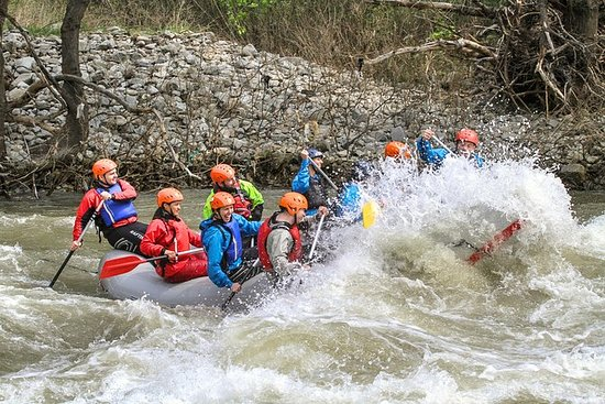 Grand Bulgarian Rafting e tour in