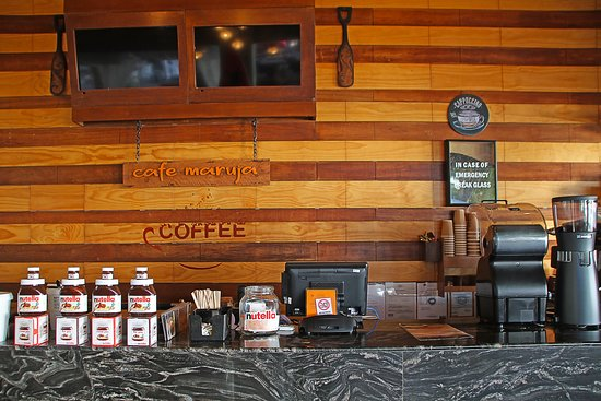 Cafe Maruja: Ordering Counter