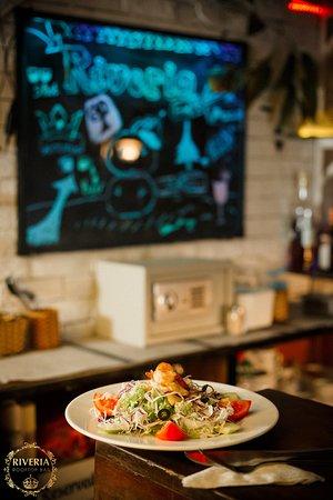 Riveria Bar Nha Trang Moulin Rouge: RIVERIA Bar and Lounge