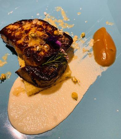 Foie gras, apple jam, butter brioche