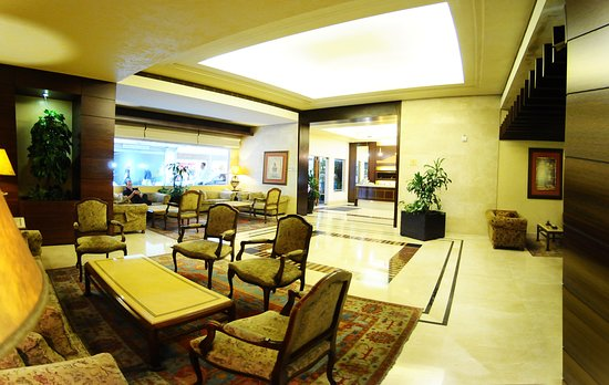 Casa D'or Hotel: You can chill and relax at our lobby – it has a full internet access wherein you can bring your foods and beverages whilst patiently waiting for your rooms in checking in or checking out.