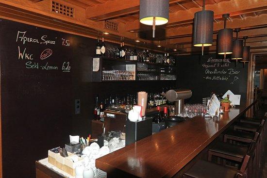 Hotel Weisses Kreuz bar