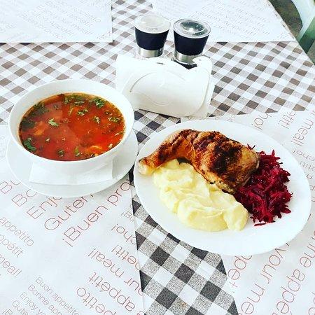 🍴 Vă așteptăm #LaTartine #Cotroceni cu #MeniulZilei (#Joi, 28 #Martie) la 23 lei: - Ciorba de vacuta - Pulpa de pui cu piure - Salata de sfecla rosie * în limita stocului disponibil   P.S. nu ratați cele mai delicioase #tartine, #FructeDeMare și #PIZZA #LaTartineCotroceni #Bucuresti