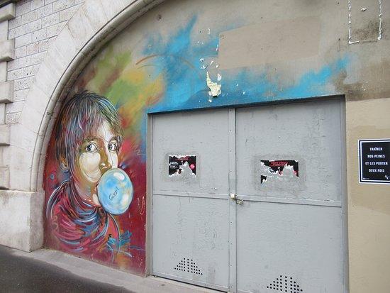 """Fresque """"Nina fait des bulles"""""""