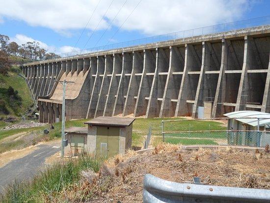 Oberon Dam