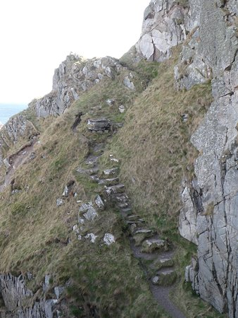 Part of the pathway that you have to ascend/descend en route from Cullen to Findlater Castle. Trickier on the descent, but manageable.