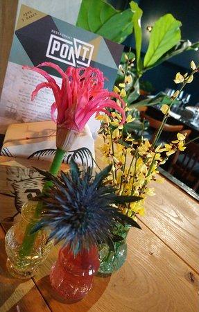 Pont flowers