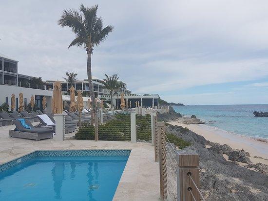 The Pink Beach Club: pool area
