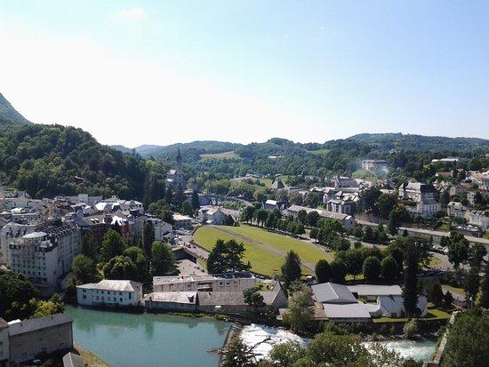 Pyrenees Travel