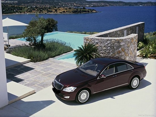 Koropi, Grecia: vip transfers-luxury car with driver rental