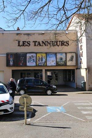 Vue extérieure - Picture of Cinema Cinemovida Les Tanneurs, Dole