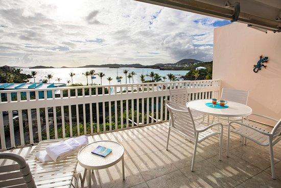 Secret Harbour Beach Resort: Hillside 1 bedroom balcony