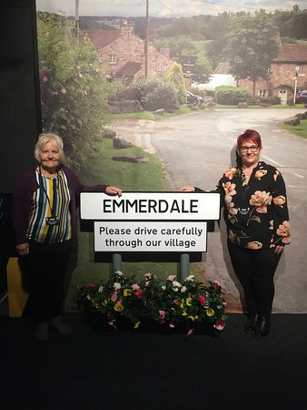 The Emmerdale Studio Experience: Mother's Day treat at Emmerdale expierence