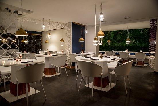 040 Restaurante: Sala