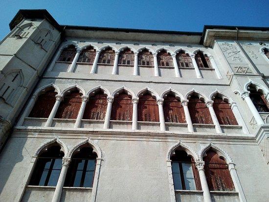 Feltre, Itália: Palazzo Guarnieri